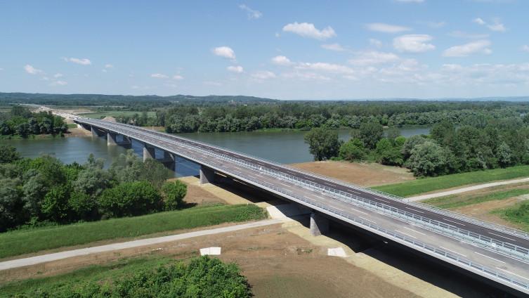 Svilaj: Most konačno završen