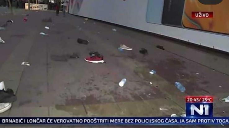 Na ulicama ostala obuća demonstranata