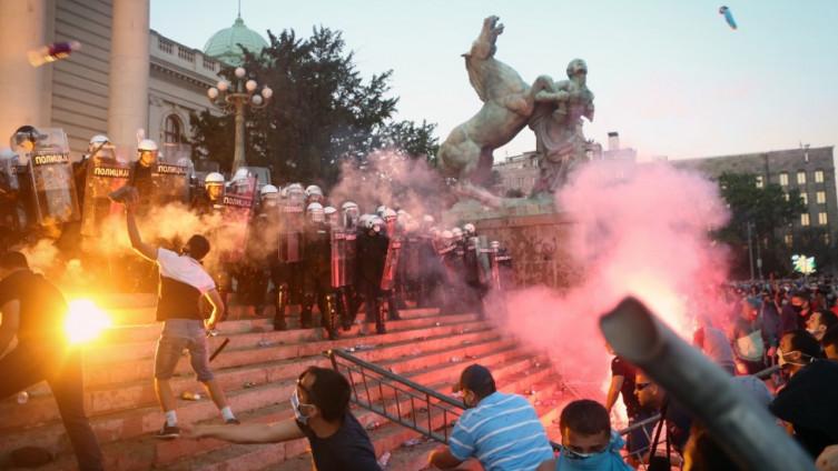 Žestoki sukobi u Beogradu