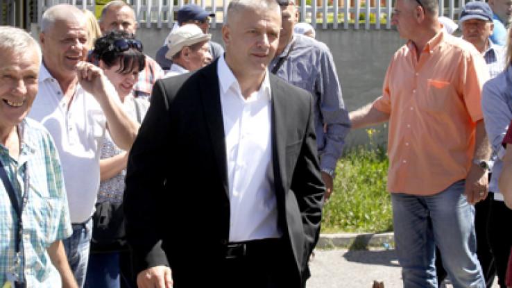 Orić: Zašto su ljudi ginuli - Avaz, Dnevni avaz, avaz.ba