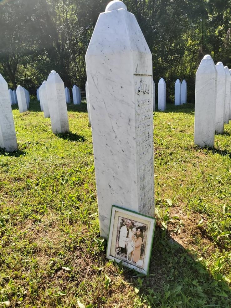 Žrtve ne smiju biti zaboravljene - Avaz, Dnevni avaz, avaz.ba