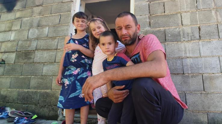 Elvedin s djecom: Teška situacija