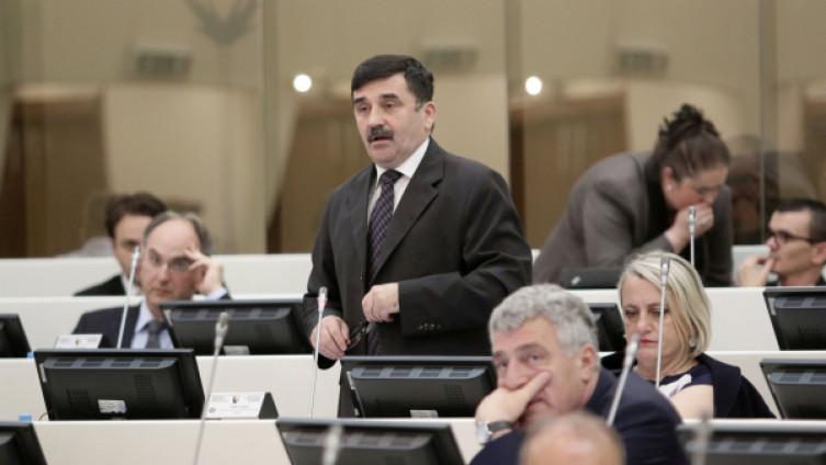 Zastupnik HDZ-a Nikola Lovrinović
