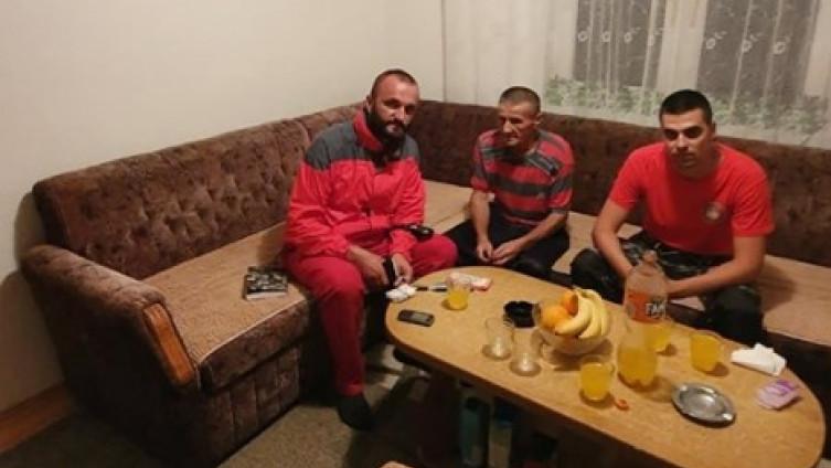 Alihodžić je trenutno kući sa porodicom i ekipom GSS-a Novi Grad