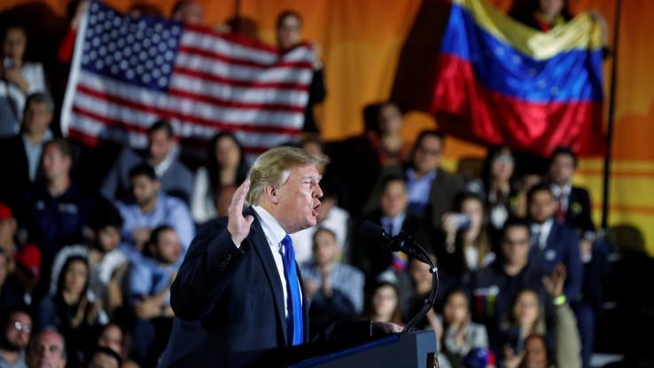 Popularnost predsjednika Trampa je opala tokom duge pandemije koronavirusa u SAD