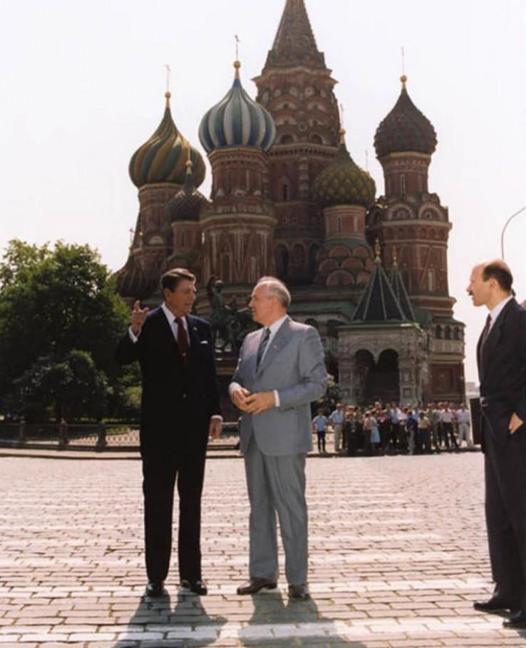 Gorbačov i Regan
