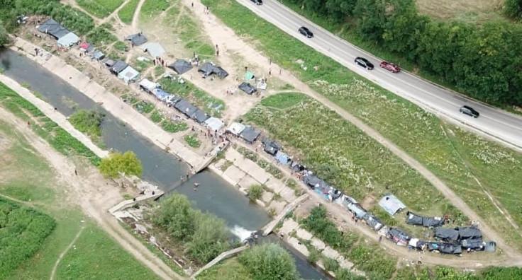 Migranti pnovo postavili šatore