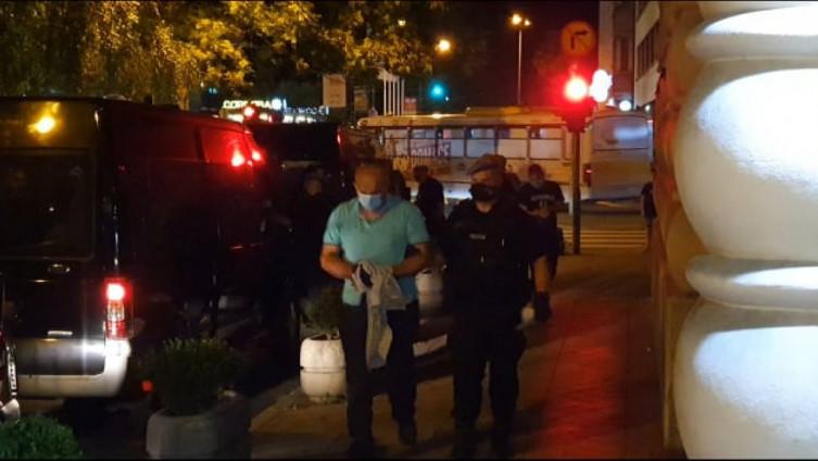 Sa privođenja policajaca