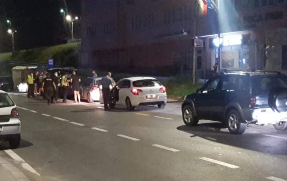 Grupa Beograđana zaustavljena u Ustikolini i ovaj kanton napustila je nakon plaćanja kazni - Avaz, Dnevni avaz, avaz.ba
