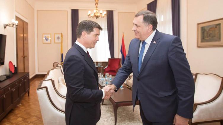 Nelson i Dodik