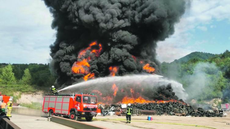 Poziv uslijedio nakon, po zdravlje stanovništva i okoliš, opasnog požara na deponiji u Konjicu