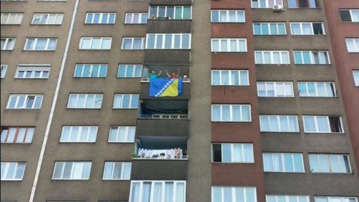 Zastava na balkonu