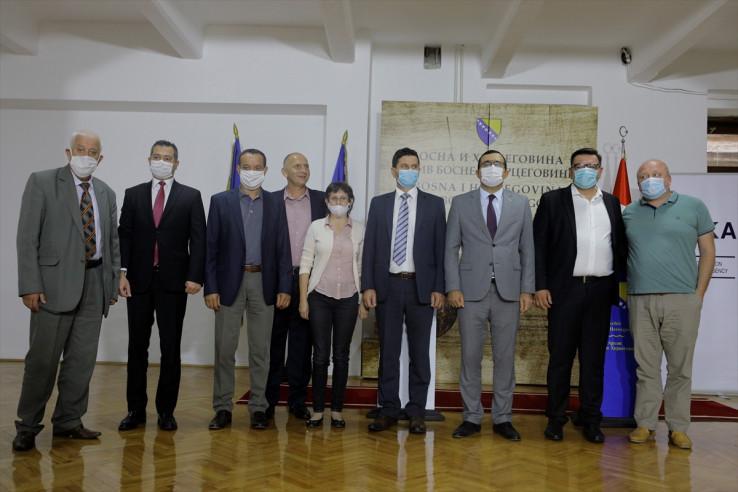 Potpisivanju u prostorijama Arhiva BiH prisustvovali su direktori arhiva u BiH i predstavnici TIKA-e