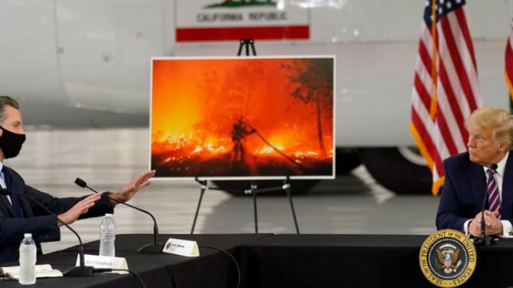 Tramp se sastao s vatrogascima i zvaničnicima u Kaliforniji