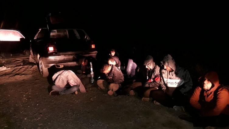 Svi ilegalni migranti, ukupno njih 32, privedeni su u službene prostorije JGP Zvornik