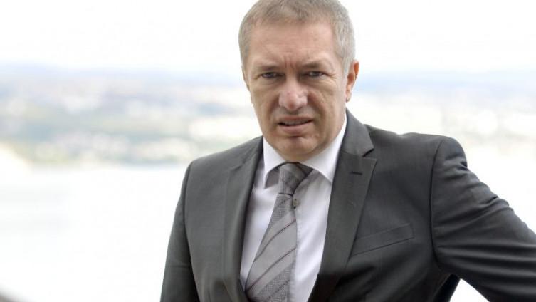 Dragan Kovačević: Mutni poslovi