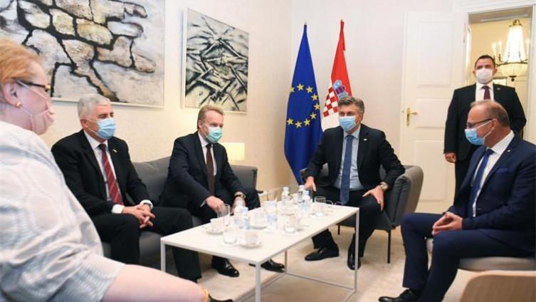 Sastanak Plenkovića, Izetbegovića i Čovića