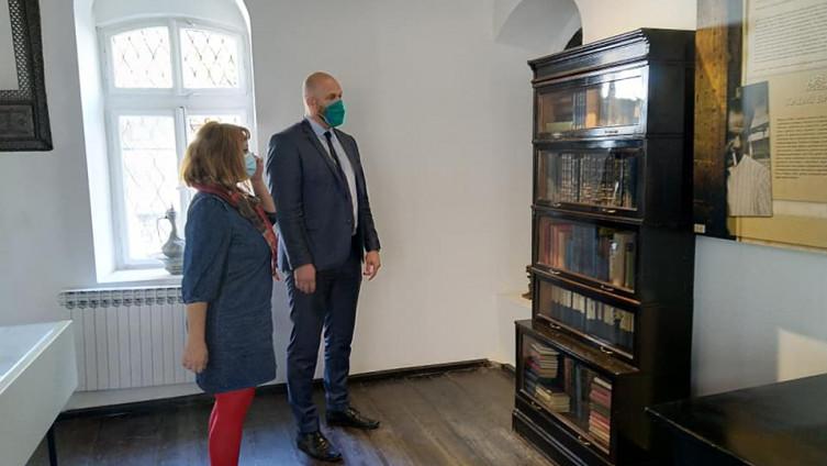 Alikadić uživao u obilasku Muzeja