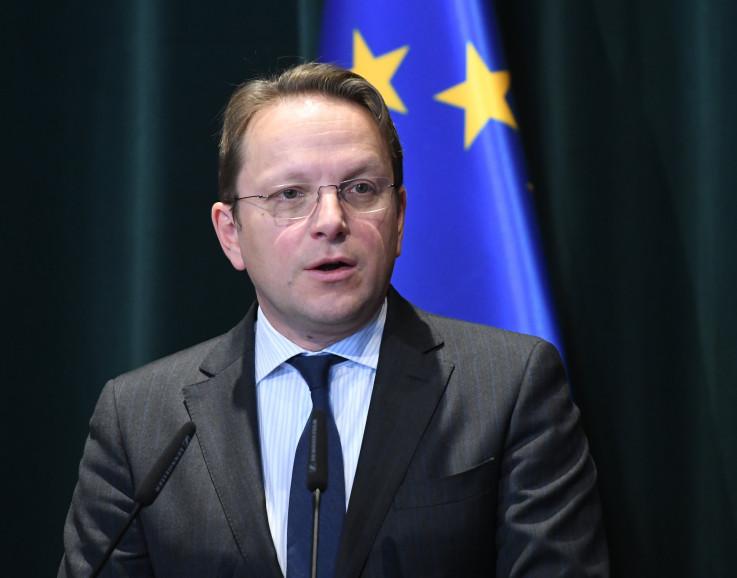 Varhelji: Komesar za proširenje Evropske unije
