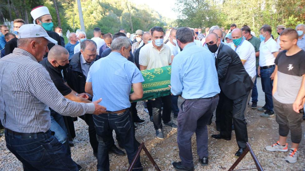 Među majkama i povratnicima Srebrenice tuga i žalost