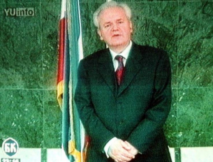 Slobodan Milošević je 6. oktobra priznao izborni poraz
