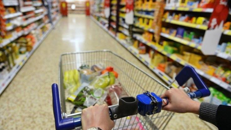 U kategoriji prehrana korištene su cijene iz tri trgovačka centra za 84 artikla