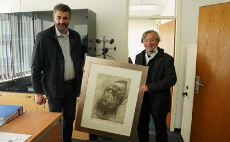 Safet Zec sa direktorom Memorijalnog centra Emirom Suljagićem