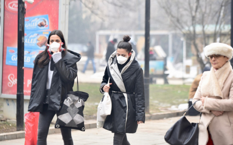 Maske obavezne, ali građani ne poštuju naredbe