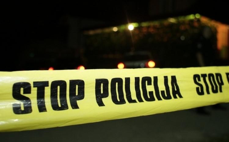 Policija je izvršila uviđaj i radi na dokumentovanju ove saobraćajne nesreće
