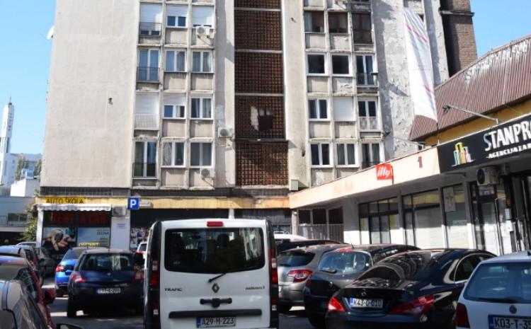 Zgrada ispred koje se tragedija dogodila