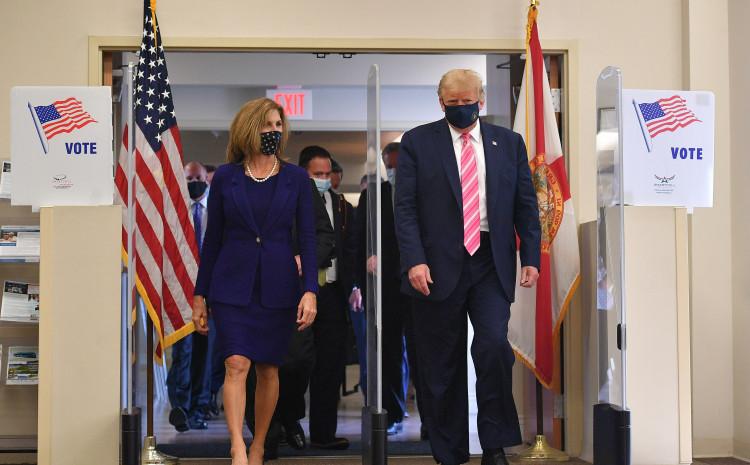 Tramp glasao na Floridi: Velika čast