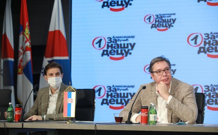 Brnabić i Vučić se obratili nakon sjednice SNS-a