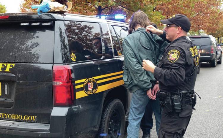Među uhapšenima i katolički sveštenik