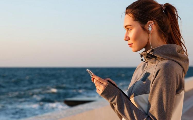 47 posto ljudi stavlja slušalice kako bi se odmaknulo od svoje okoline