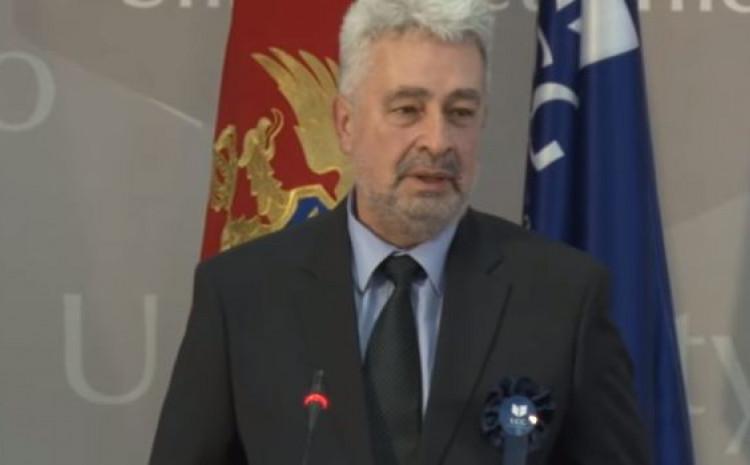 Zdravko Krivokapić: Reagirao na Twitteru