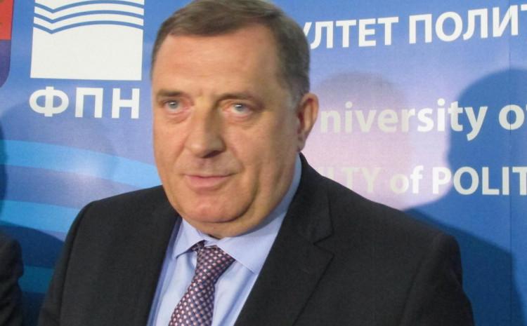 Dodik: Važna distanca
