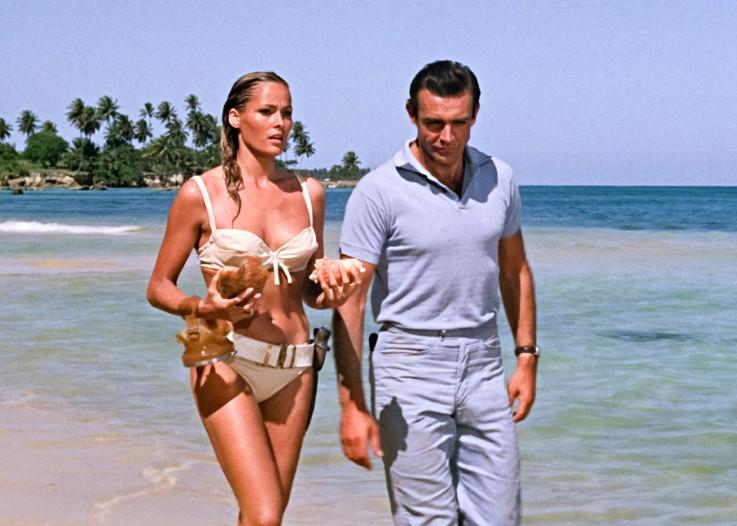 """Sean i Ursula Andress kao prva Bondova djevojka u filmu """"Dr. No"""""""