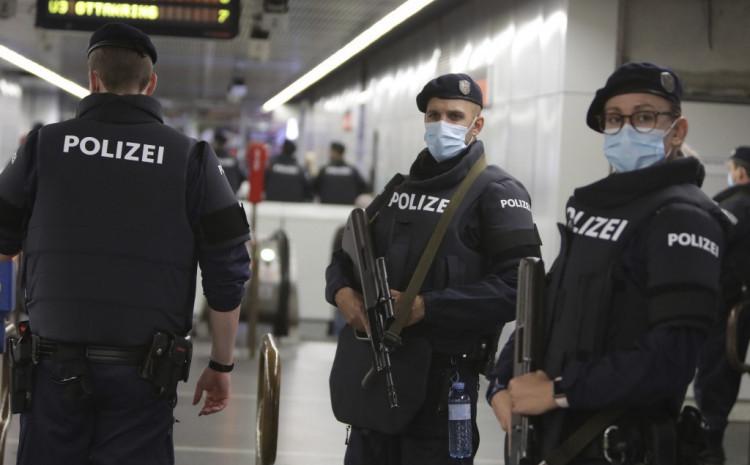 Beč: U napadu ubijeno četvero ljudi