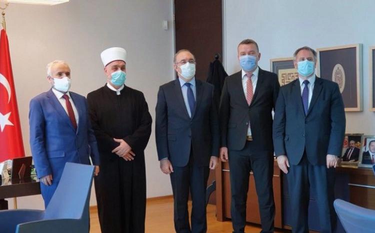 Reis Kavazović: BiH nije ekonomski moćna, ali moramo pomoći narodu Turske