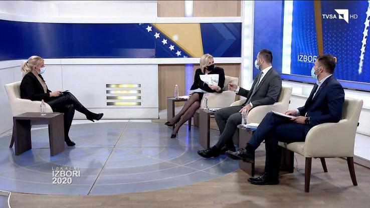 Na pitanje Prašović-Gadžo da li mogu na tuđoj zemlji planirati gradnju, Efendić je rekao da može