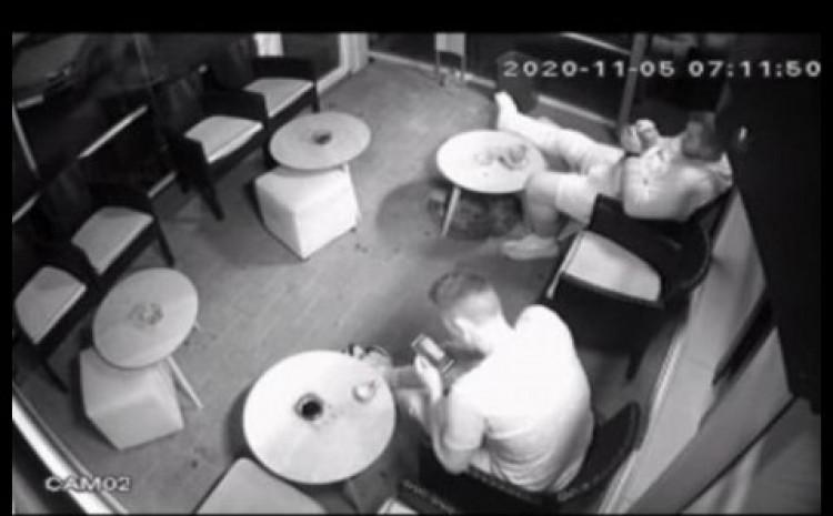 Bešić često dolazi u Ferizovićev kafić
