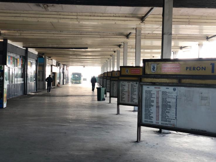 Peroni na autobuskoj stanici u Zenici
