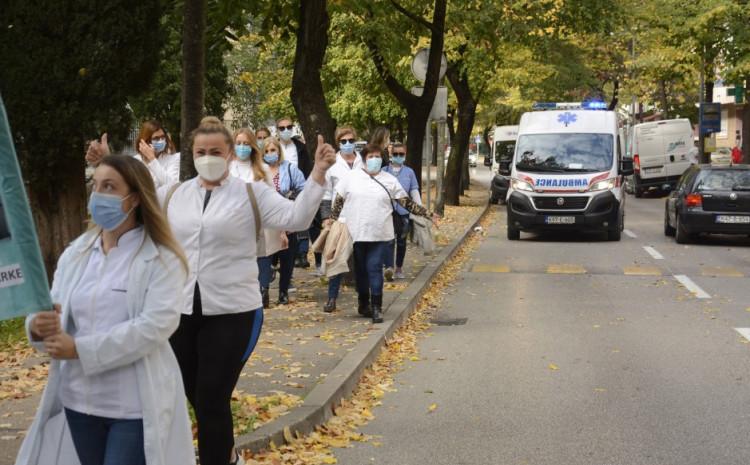 Sa zadnje protestne šetnje: Nadležni ih nastavili ignorirati