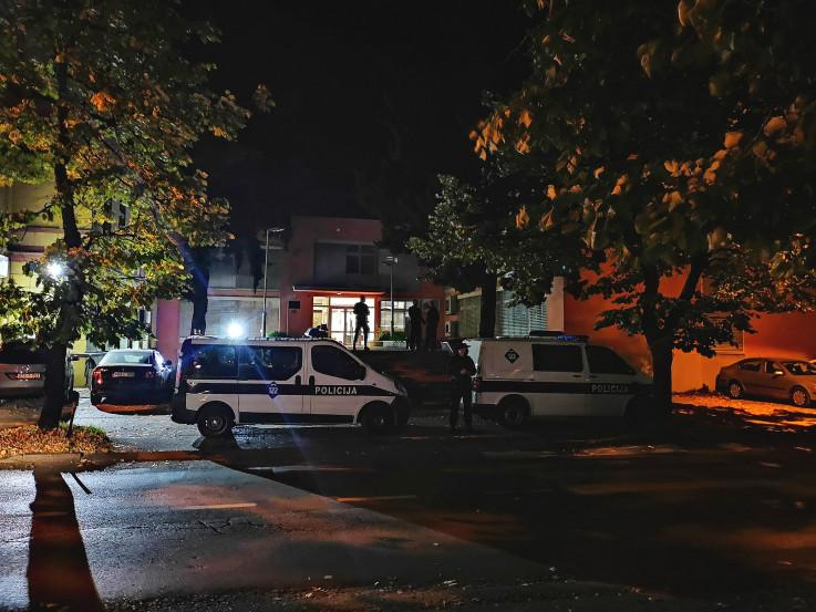 Policajci s dugim cijevima preksinoć doveli Cvitanovića u Tužilaštvo HNK