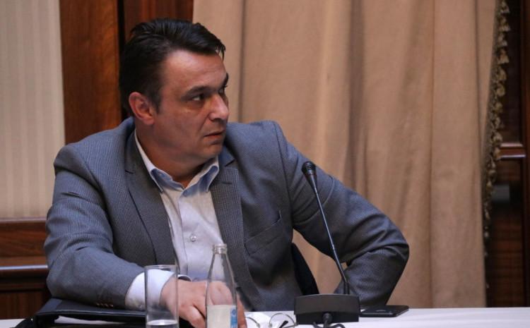 Ahmetović: Takvih slučajeva je na stotine