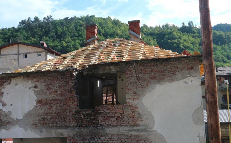 Samo jedna od kuća koja čeka donatore