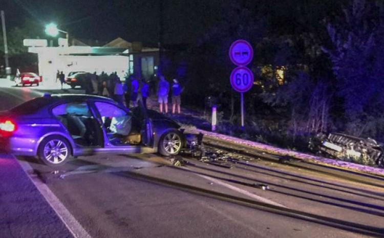Mladić poginuo za volanom BMW-a