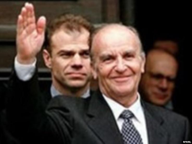 Šaćirbegović bio najbliži  saradnik Izetbegovića