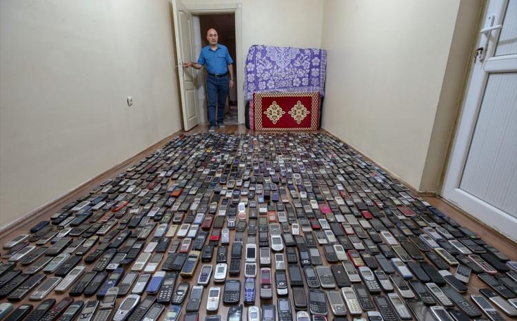 Ozdželik radi kao serviser mobitela u Vanu