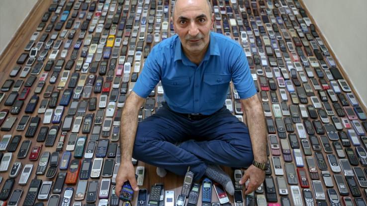Lopovi mu ukrali u 700 od 1.700 mobilnih telefona